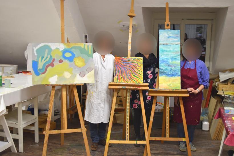 <p>workshop: malen auf holz</p>