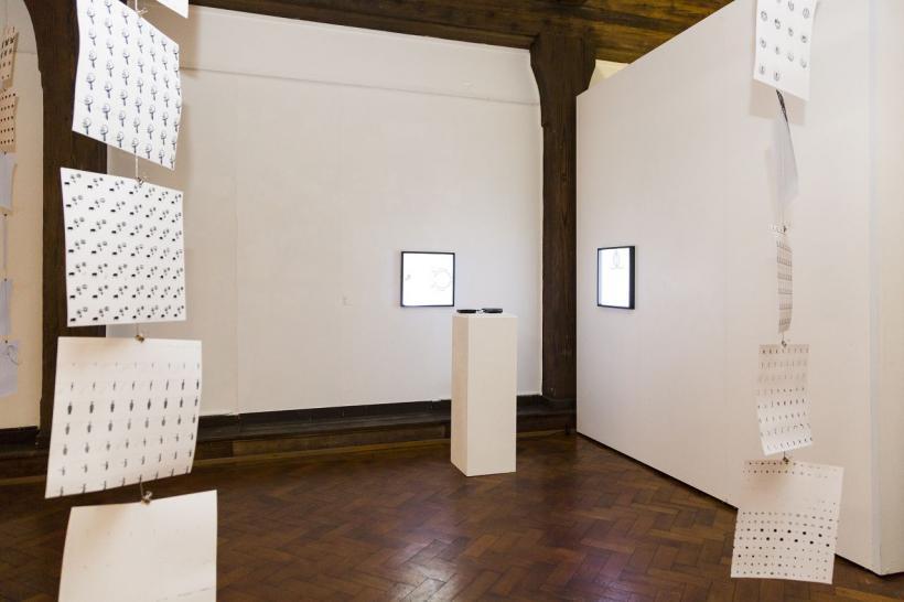 <p>Ausstellung Mert Akbal, Foto von Martina Strilic</p>